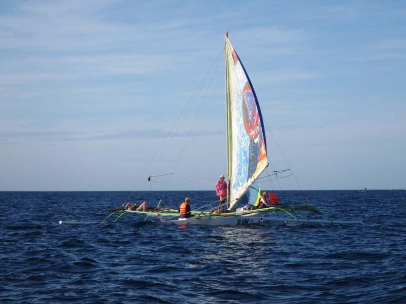 sailing_to_palawan